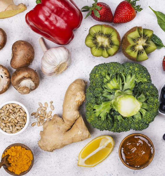 Food and COVID-19: preventive and co-therapeutic support strategies