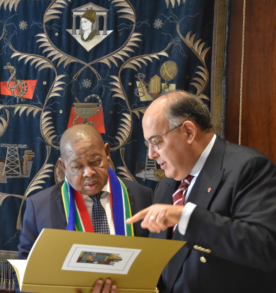 South African Minister of Higher Education, Science and Technology Visits Sapienza