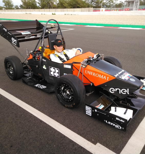 Entra in Formula Student Electric con Sapienza Fast Charge!